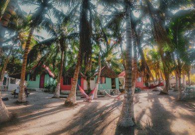 Cabañas frente al mar esmeralda de Celestún, pasa un día en un paraíso tropical